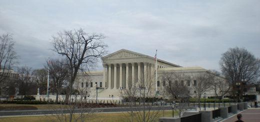 Suprema Corte dos EUA vai realizar audiências por telefone 625x469