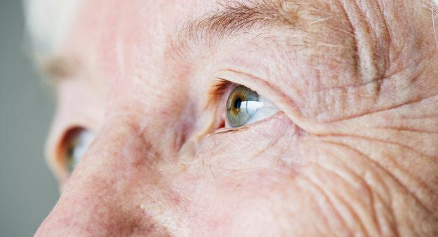 Mantida decisão para que planos de saúde custeiem internação domiciliar de idosa de 87 anos