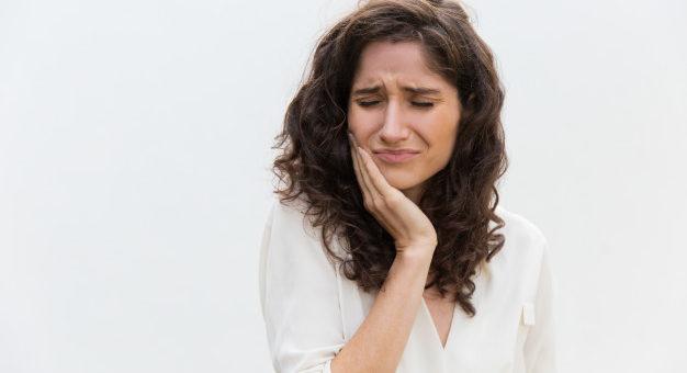 Falha na prestação de serviço dentário gera direito à indenização 626x417